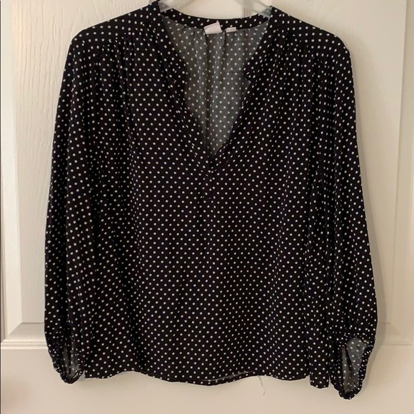 GAP Tops - Black and white star Top